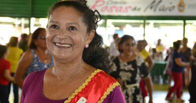 Baile Rosas de Maio acontece nesta sexta-feira no Parque do Idoso