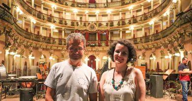 Cantora Karine Aguiar grava DVD de Jungle Jazz no Teatro Amazonas