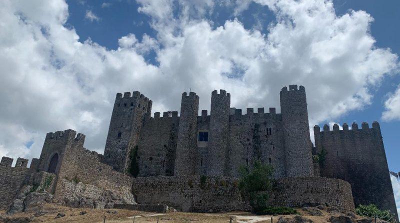 Uma tarde na bela e histórica Vila de Óbidos