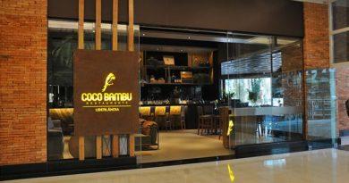 "Coco Bambu é destaque como ""o restaurante que celebrou as 100 mil mortes de Bolsonaro"""